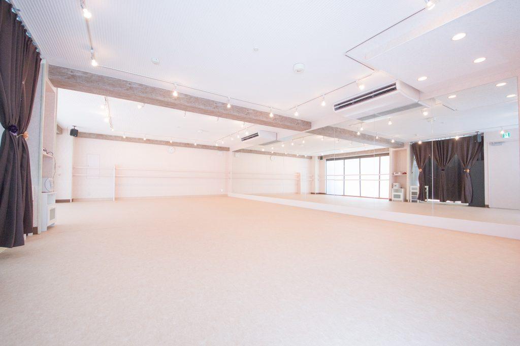 杉並区 高円寺 にあるダンス・リトミック・ヨガに使えるレンタルスタジオ